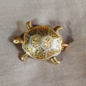 Vintage Gold & Silver Toned Turtle Broche Pin